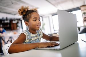 girl-learning-on-laptop
