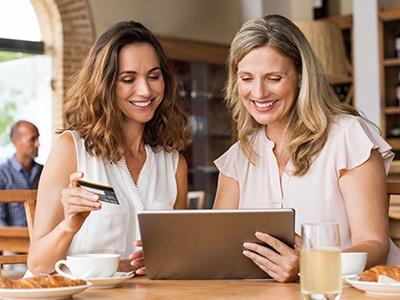 online-shopping-coffeehouse.jpg